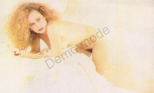 12 Fotos Renee de Vielmond pelada