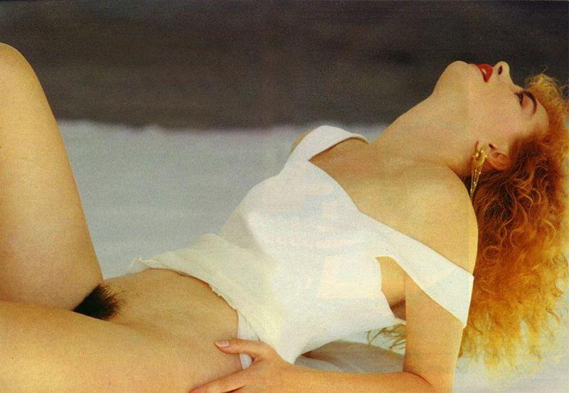 Fotos Isis de Oliveira nua, Fotos da Isis de Oliveira na playboy, todas as fotos pelada, playboy de novembro de 1991