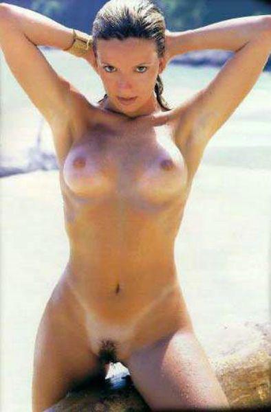 5 Fotos Regininha Poltergeist pelada