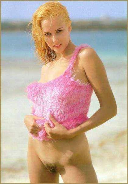 Fotos Monia Vogel nua, Fotos da Monia Vogel na playboy, todas as fotos pelada, playboy de dezembro de 1996