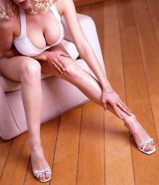 5 Fotos Cida Marques pelada