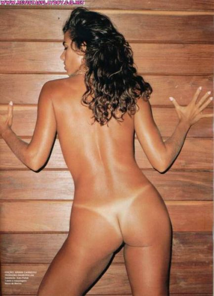 Capa da playboy de maio  de 2000 com a Luciana Coutinho
