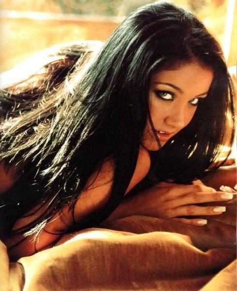 Capa da playboy de setembro  de 2000 com a Helen Ganzarolli