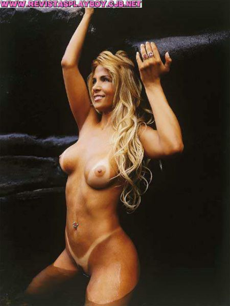 Fotos Carla Perez nua, Fotos da Carla Perez na playboy, todas as fotos pelada, playboy de dezembro de 2000