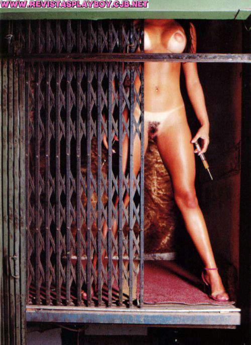 9 playboy de abril de 2001