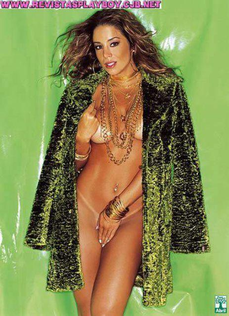 Capa da playboy de outubro  de 2003 com a Danielle Winits