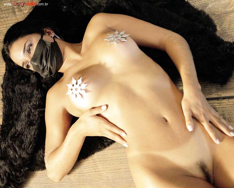Capa da sexy de maio  de 2001 com a Tatiane Bicesto