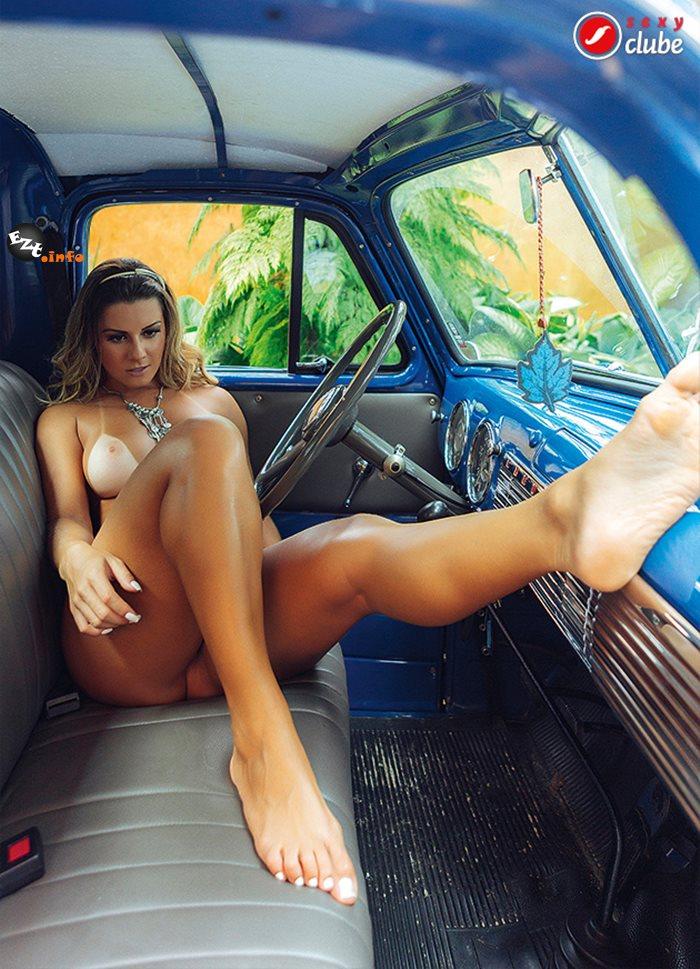 13 Fotos da sexy edição 423